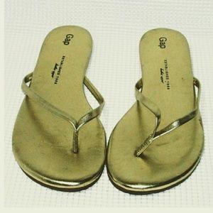 Gap Thong Sandals Gold Flip-Flops Size 10